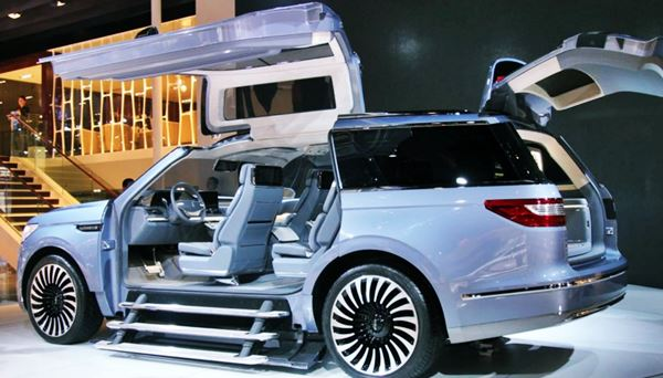 New 2022 Lincoln Navigator Design