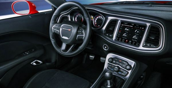 2022 Dodge Challenger Interior