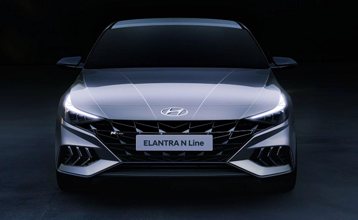 New 2023 Hyundai Elantra GT