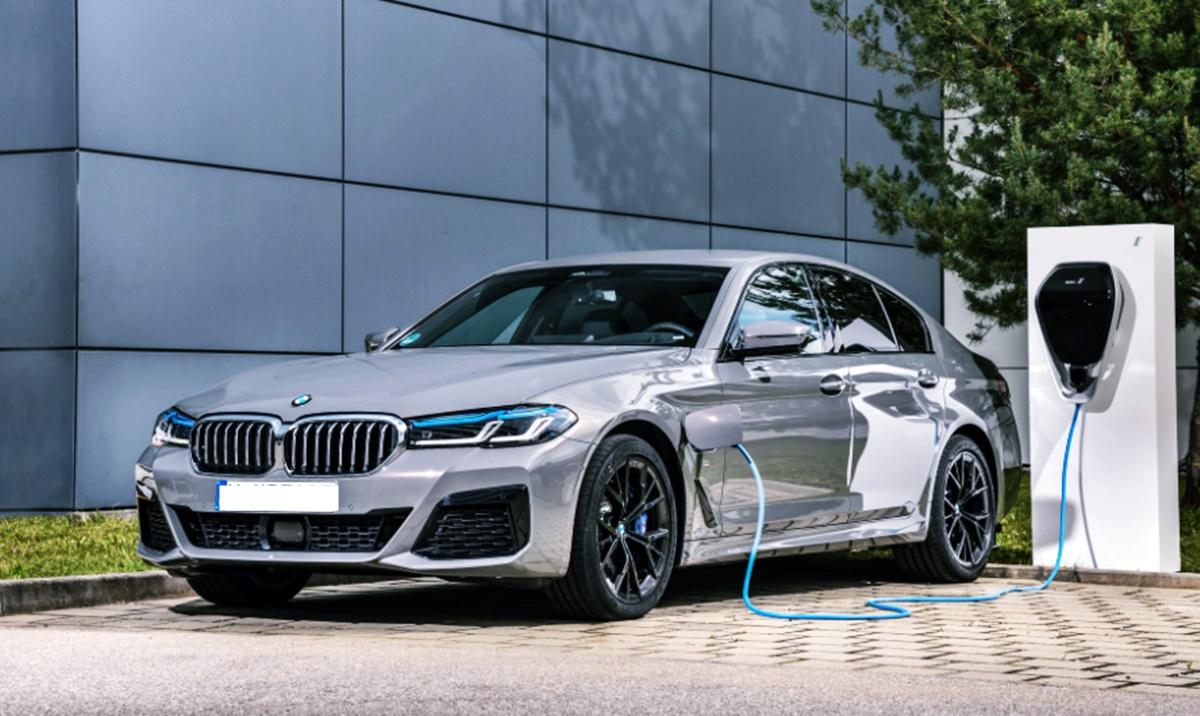 BMW 5 Series 2023 Exterior